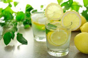 Вода з лимоном - краща альтернатива каві