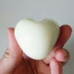 яйце в формі серця коханій